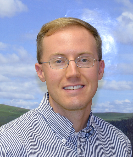 Nic Loyd, Meteorologist/Associate in Research